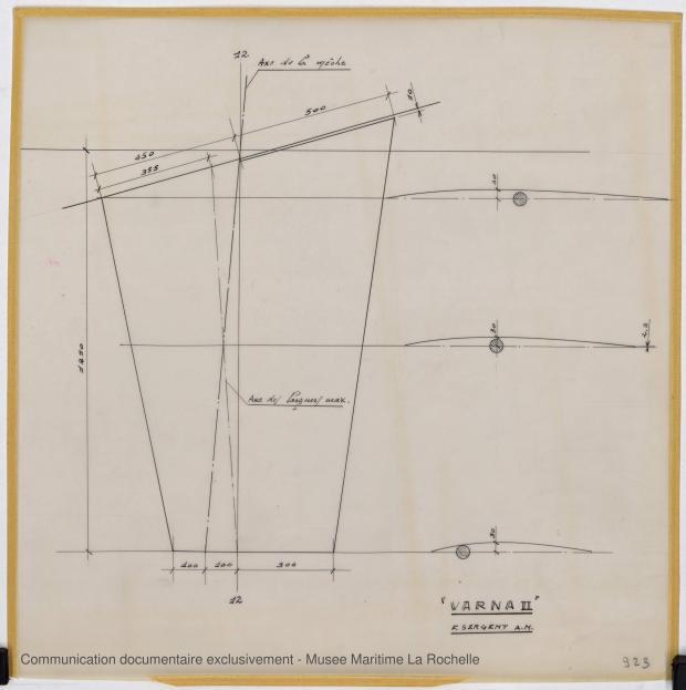 PLAN DE DERIVE/QUILLE - Varna II   12,35 m (1964)